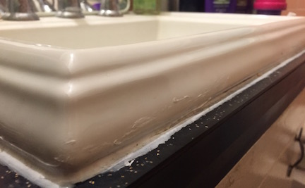 Monorail sink edge